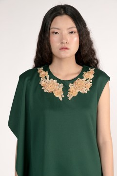 Emerald Daphne