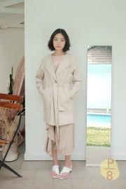 Khaky Byun Wo Outer