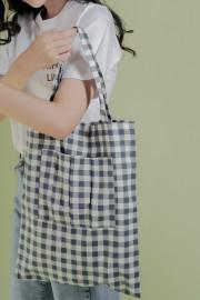 Gingham Yun Tote Bag
