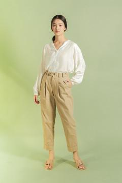 Khaky Da Hae Tapered Pants