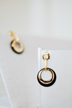 Dena Round Earrings