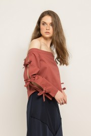 Brick Bow Sabrina Top
