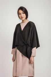 Black Rui Pleated Kimono